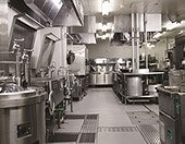 ガスでの調理でお客様においしい料理を業務用厨房